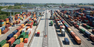 Freight villages: from heavy transport to urban distribution
